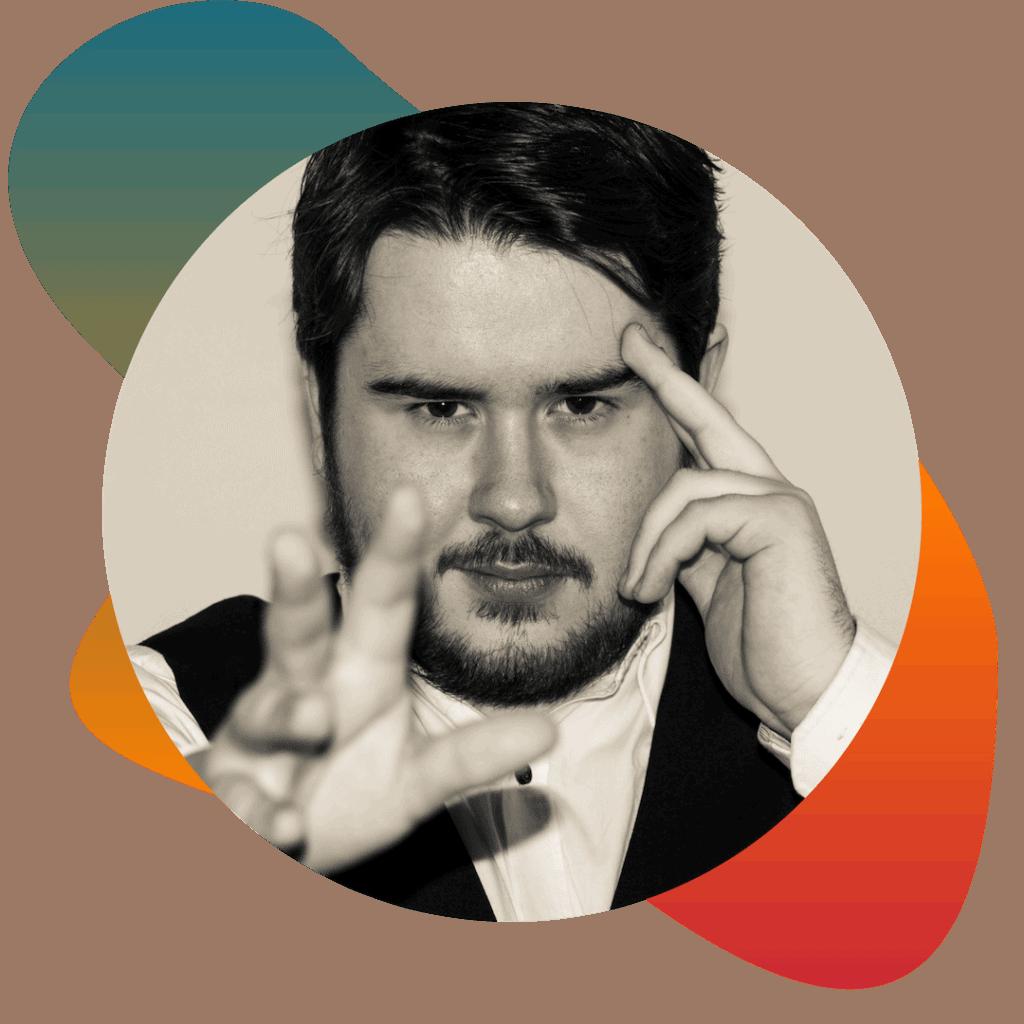 Headshot of Chris Reads Minds: London Magician